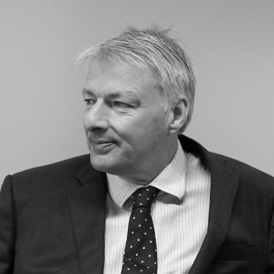 Tim Lewis, DipPFS